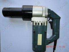1200N.m扭剪型电动扳手紧固高架桥螺栓用